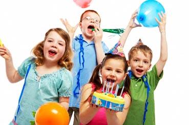 Как развлечь детей на празднике?