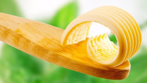ложка со сливочным маслом