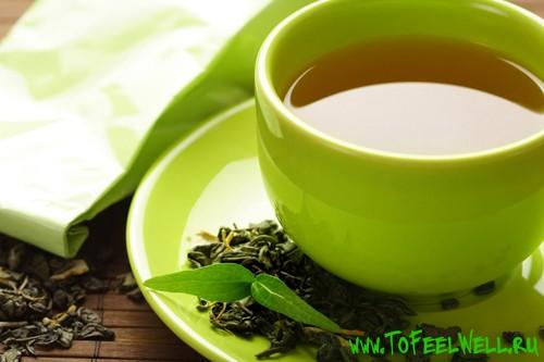 чай в зеленой чашке
